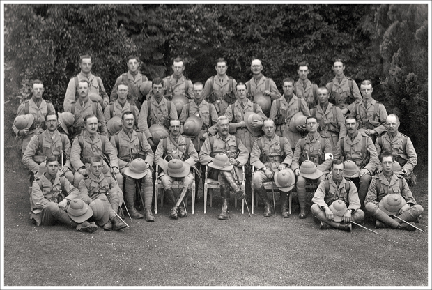 Isle of Wight Rifles, Officers